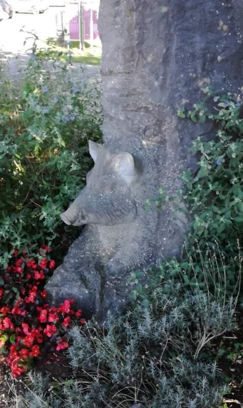 Mégalithe-sculpté-à-Wéris.jpg